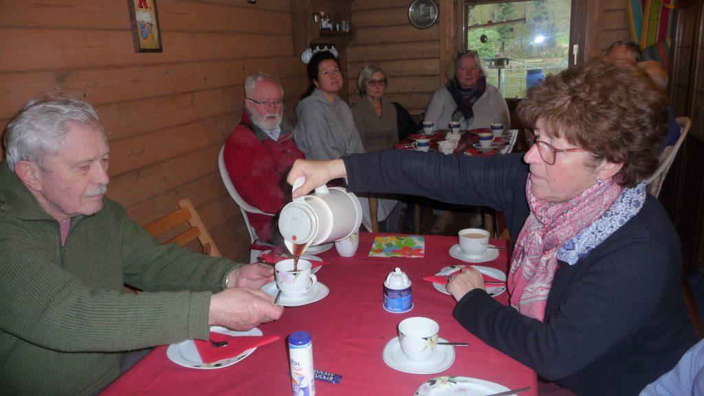 Ausklang bei Kaffee und Kuchen